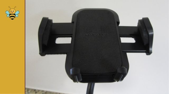 cup-holder-mount for cell phone